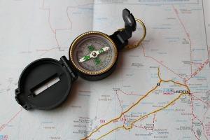 compass-626077_1920